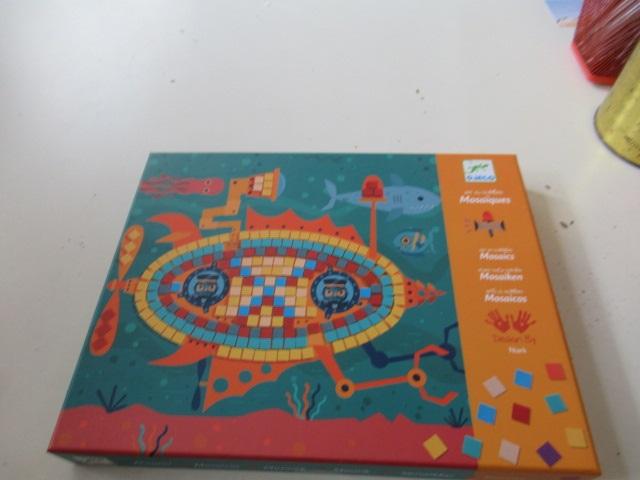 Djeco- Caja de mosaicos Los ases Scatola di mosaici nuovo